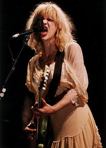Courtney Love & Hole - Doll Parts