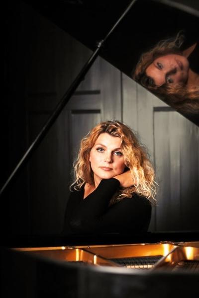 concert Lucette Van Den Berg