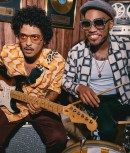 Bruno Mars et Anderson .Paak lancent le projet Silk Sonic avec le single 'Leave The Door Open'