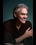 Le ténor Italien Andrea Bocelli en concert unique à l'AccorHotels Arena