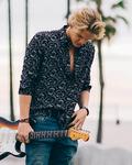 concert Cody Simpson