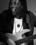 Richard Bona - Engingilaye - LIVE HD
