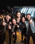 concert Sleeping With Sirens