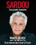 Michel Sardou interprète ses plus grands tubes sur scène