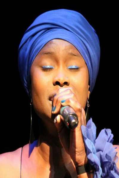 concert Emma Lamadgi