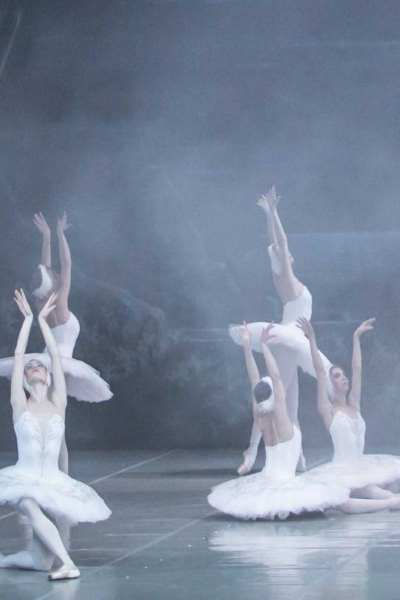 LE LAC DES CYGNES (Yacobson ballet)